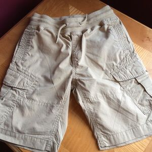 Gap boys pull on tan cargo shorts tie waist Sz M